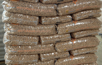 pellets wetterauer holzpellets kaufen sackware 15 kg pellets bestellen beim heizpellets. Black Bedroom Furniture Sets. Home Design Ideas